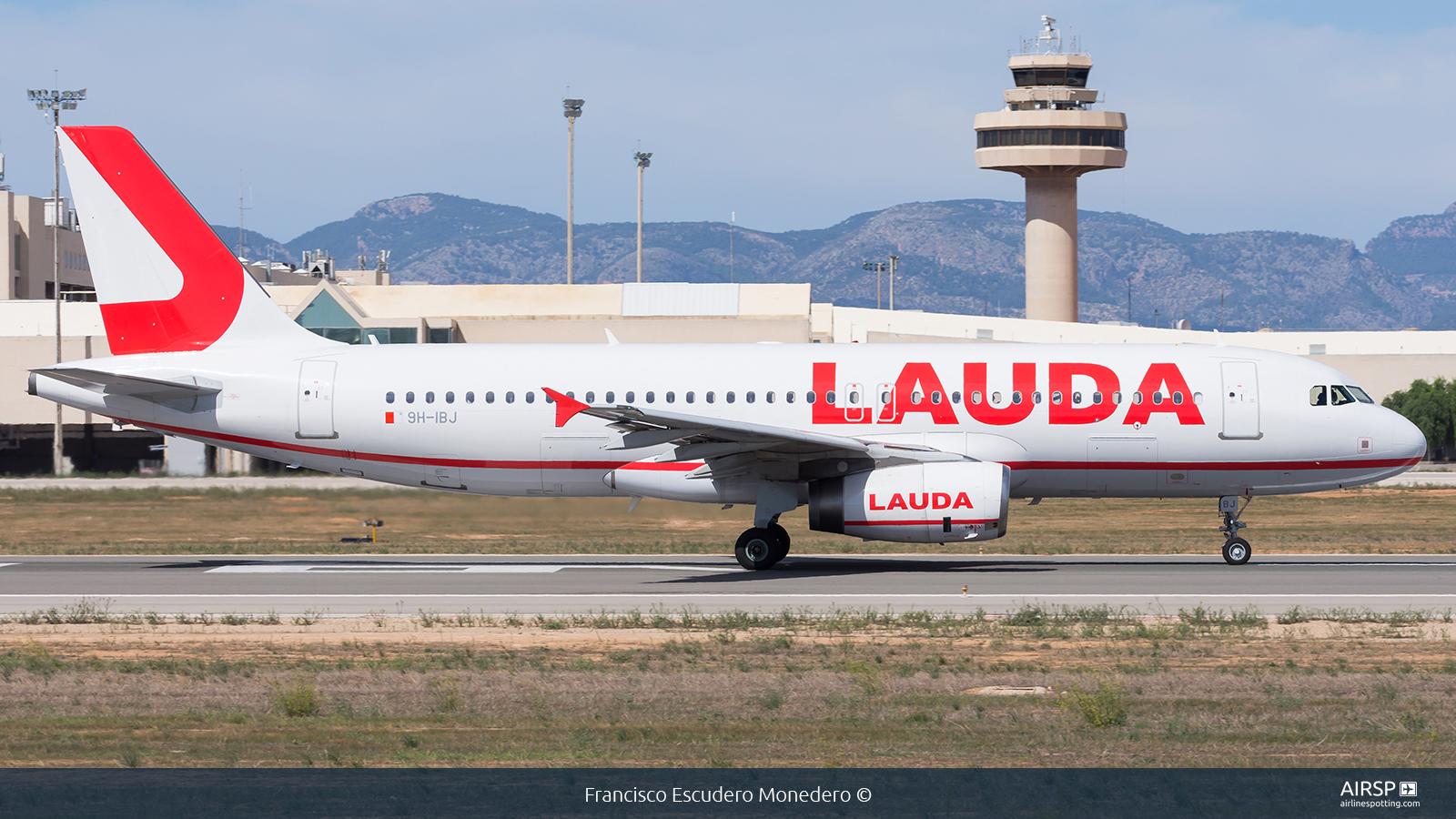 Lauda  Airbus A320  9H-IBJ