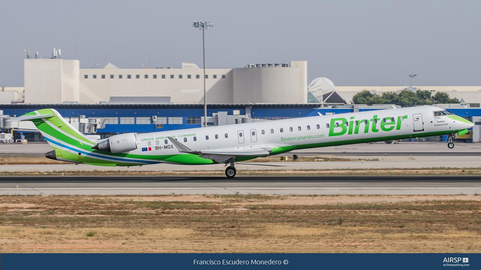 Binter Canarias  Bombardier CRJ-1000  9H-MOX