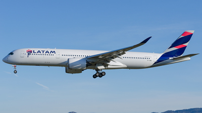 LATAM Airlines Airbus A350-900