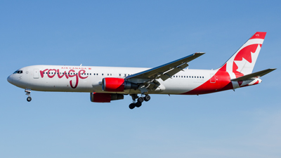 Air Canada Rouge Boeing 767-300