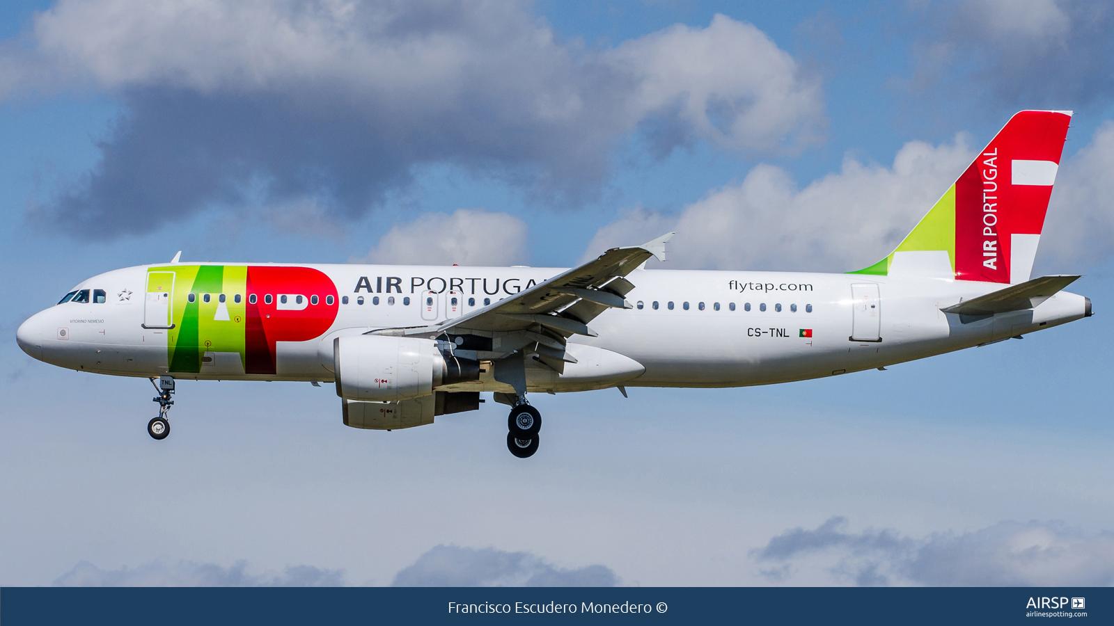 TAP Portugal  Airbus A320  CS-TNL