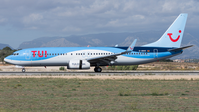 Tui Airways Boeing 737-800
