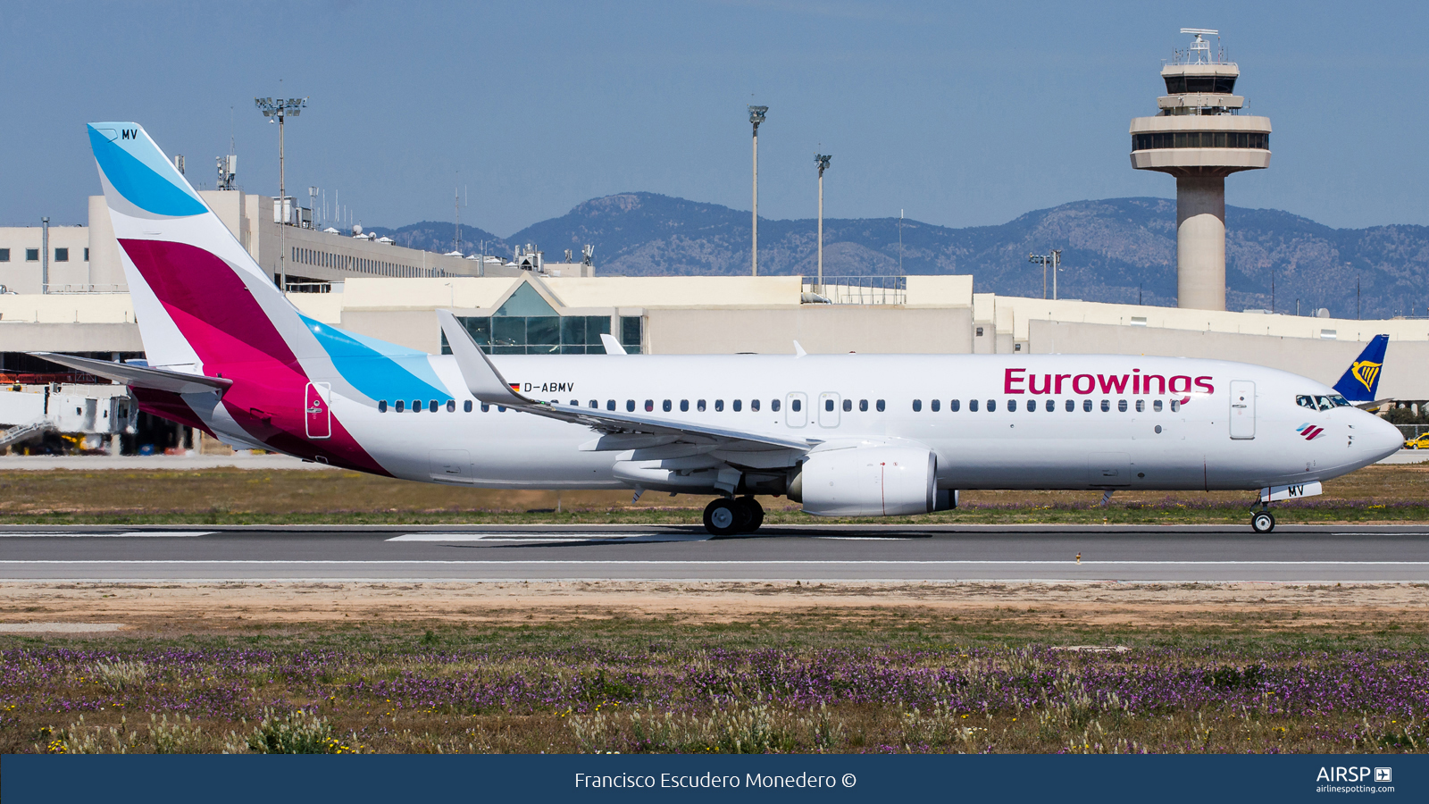 Eurowings  Boeing 737-800  D-ABMV
