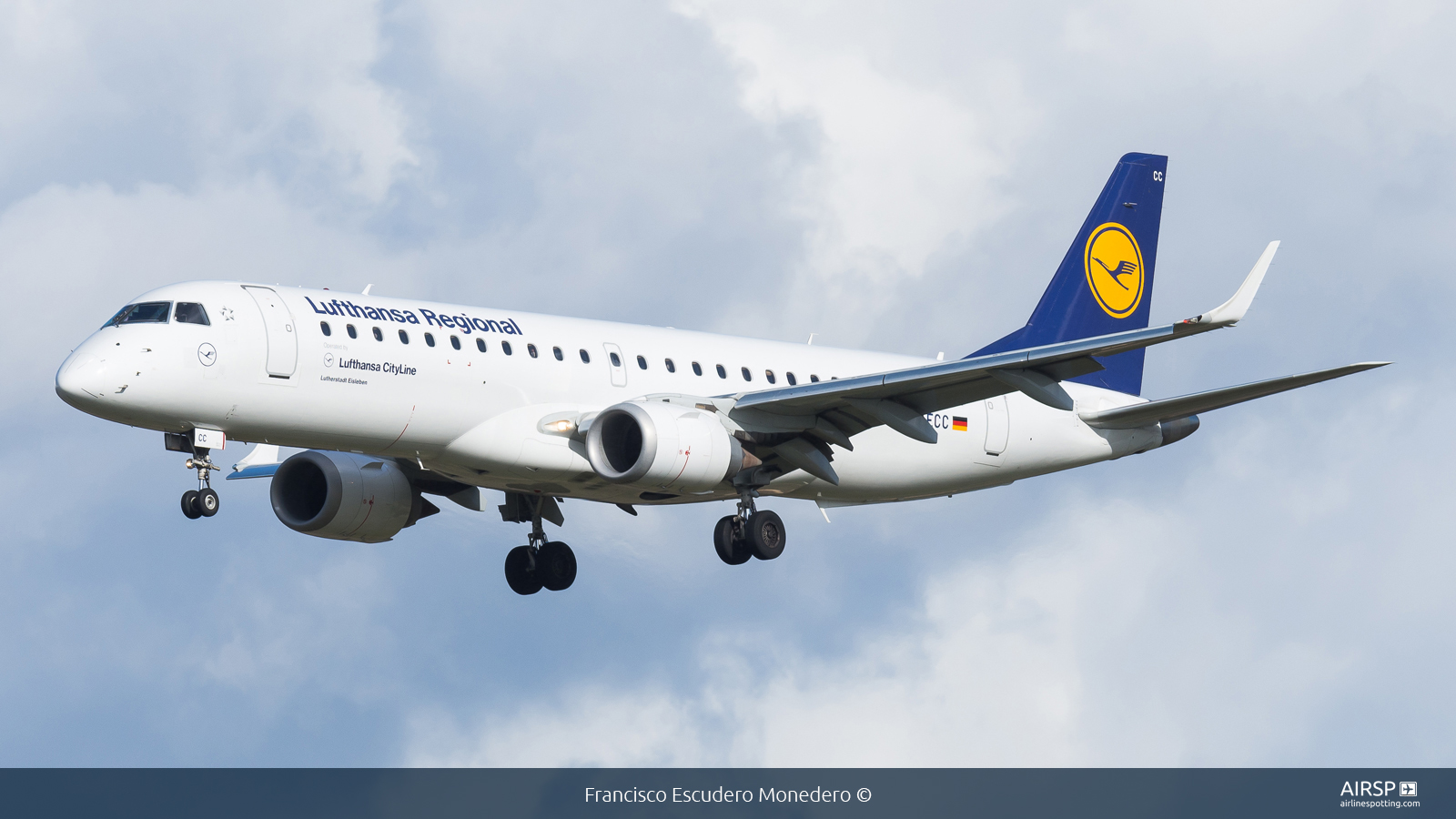 Lufthansa Cityline  Embraer E190  D-AECC