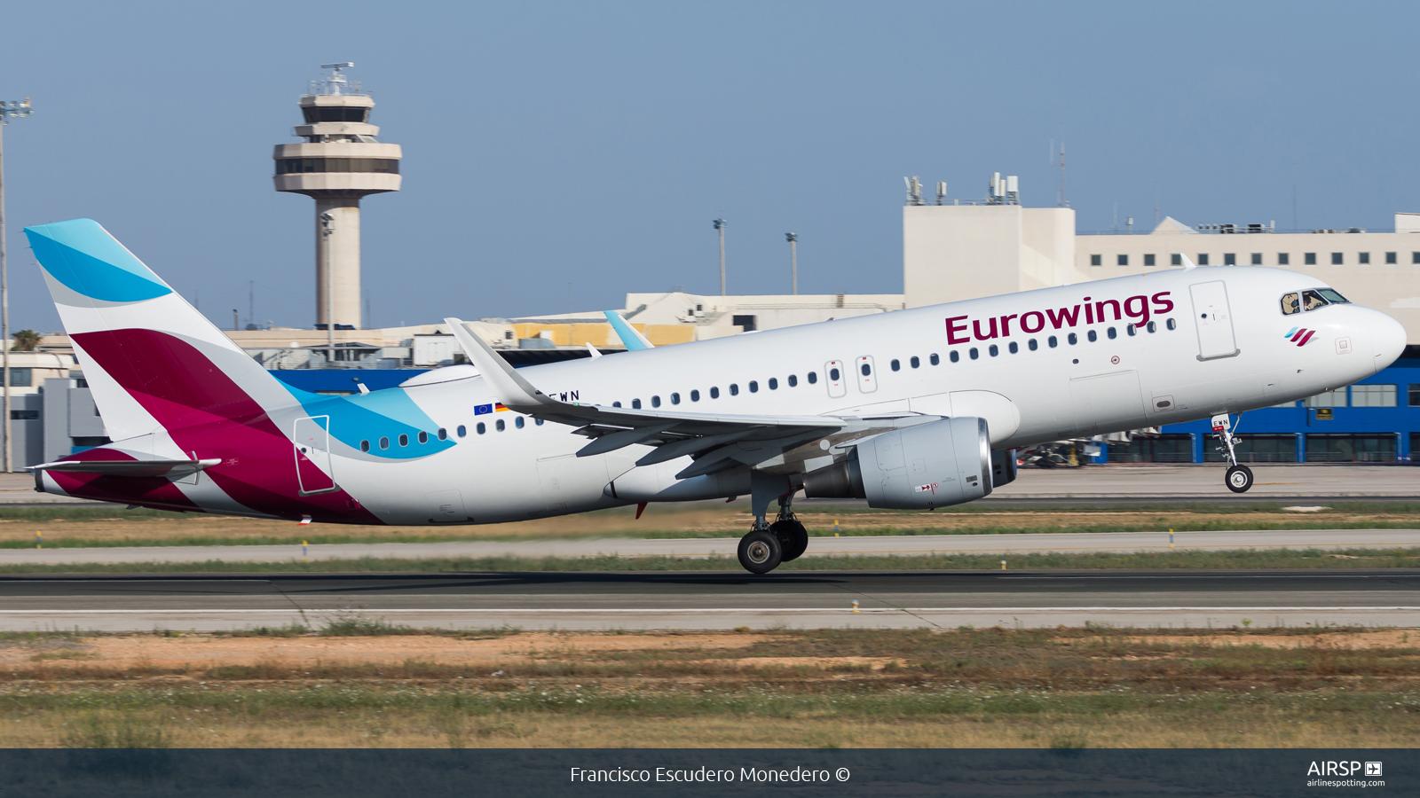 Eurowings  Airbus A320  D-AEWN