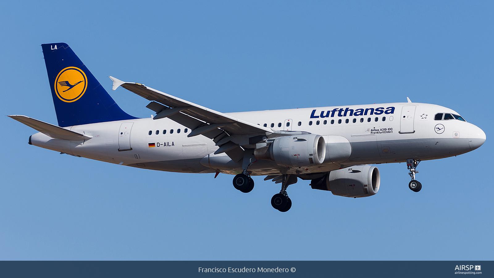 Lufthansa  Airbus A319  D-AILA