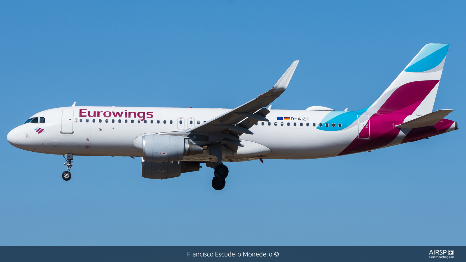 Eurowings  Airbus A320  D-AIZT
