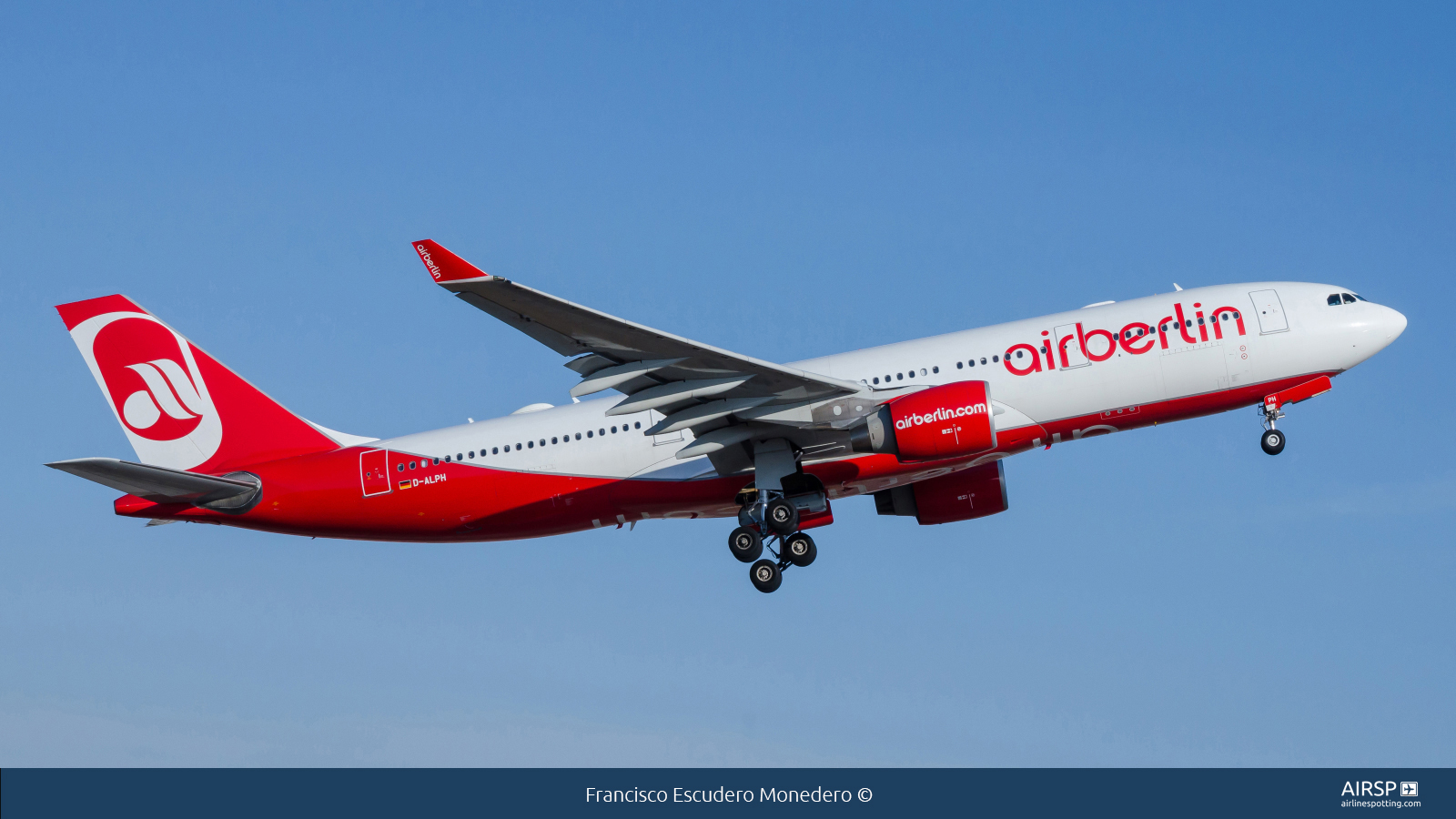 Air Berlin  Airbus A330-200  D-ALPH