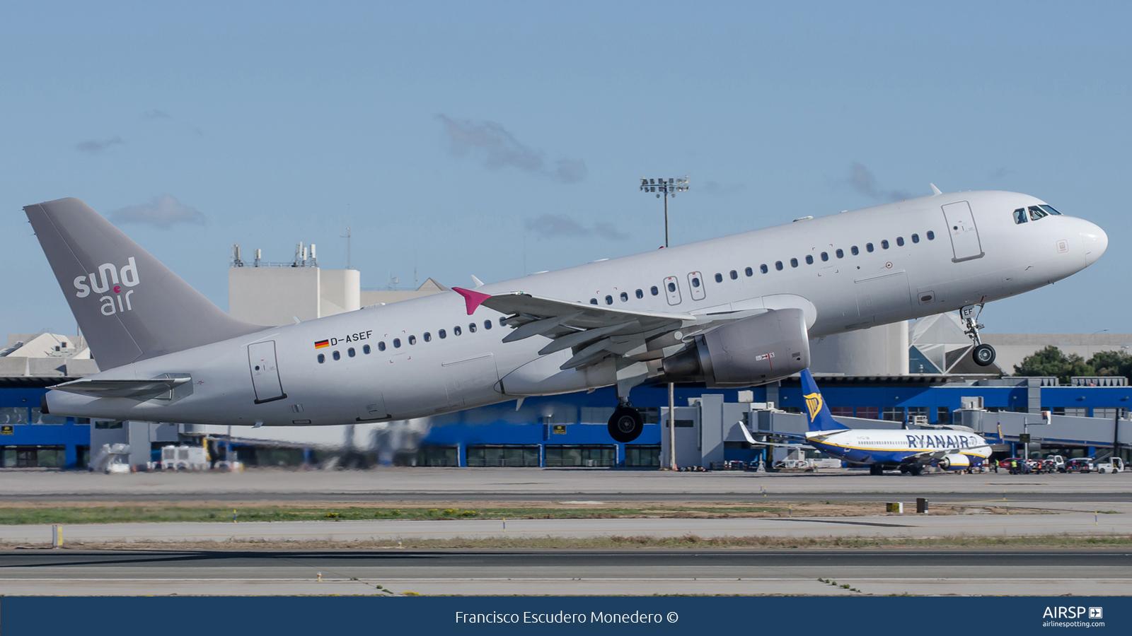 SundairAirbus A320D-ASEF