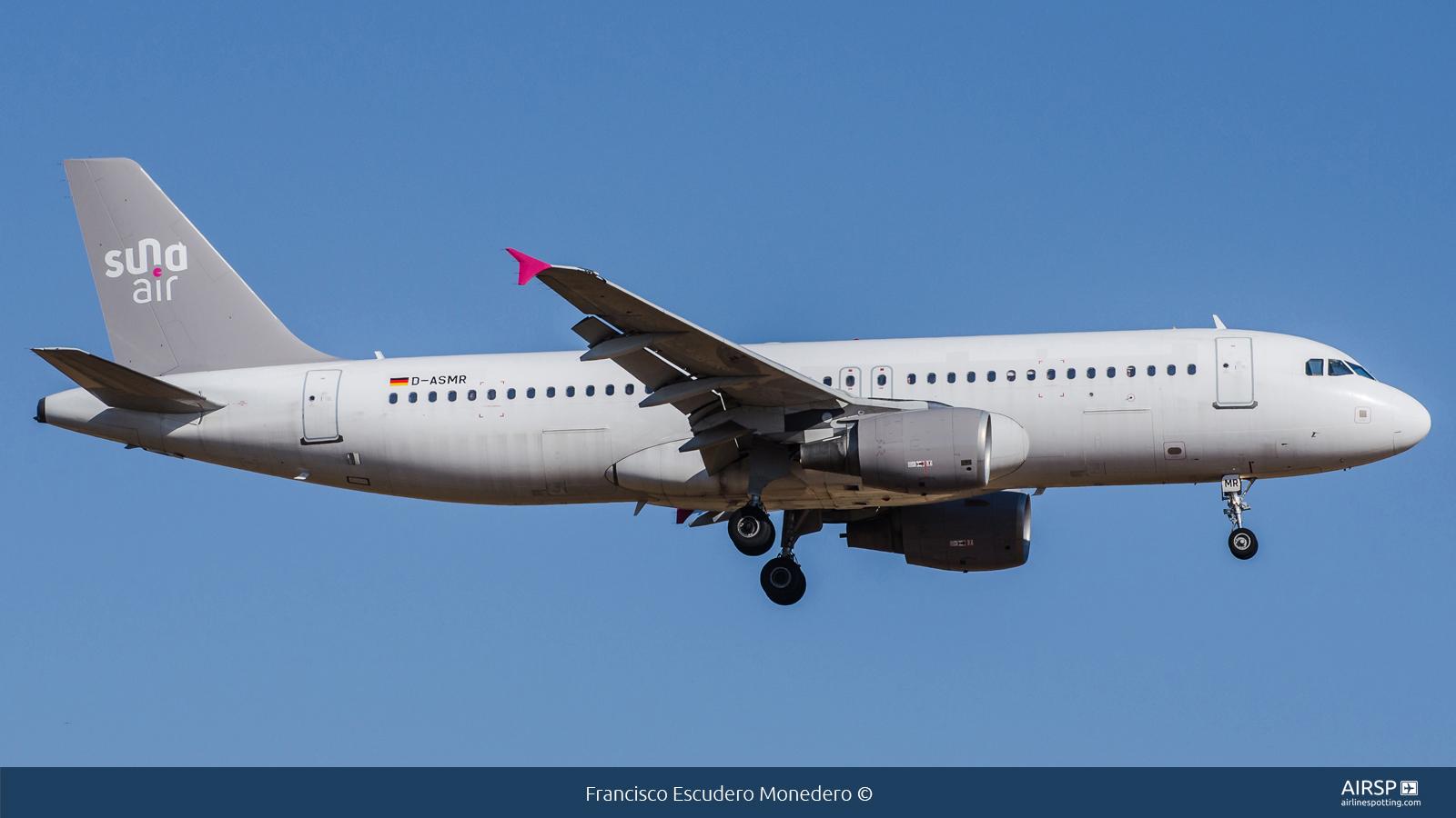 Sundair  Airbus A320  D-ASMR