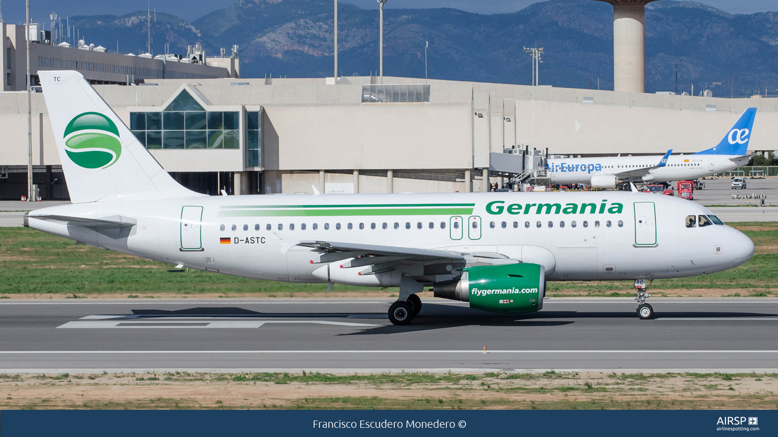 Germania  Airbus A319  D-ASTC