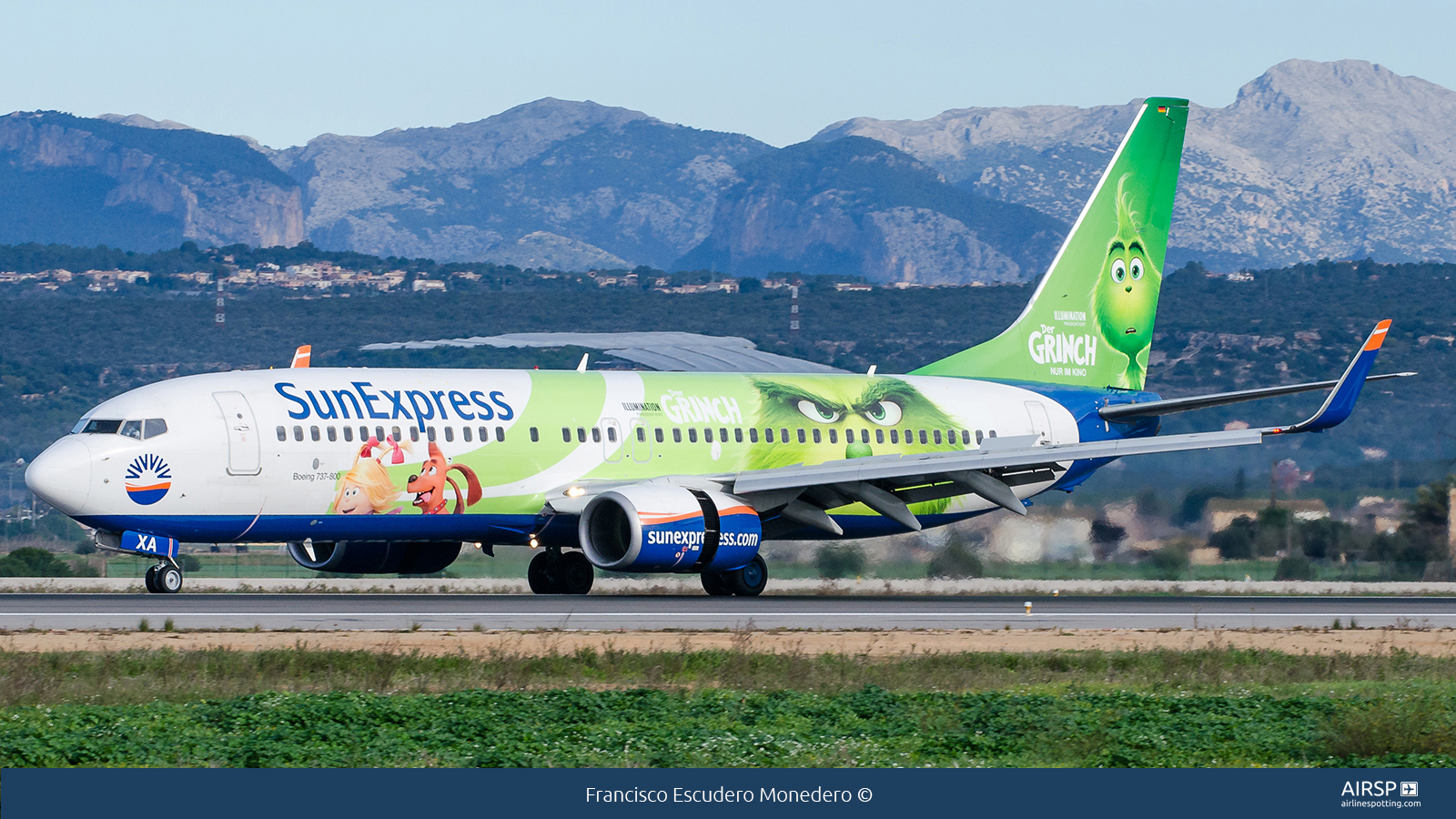 Sun ExpressBoeing 737-800D-ASXA