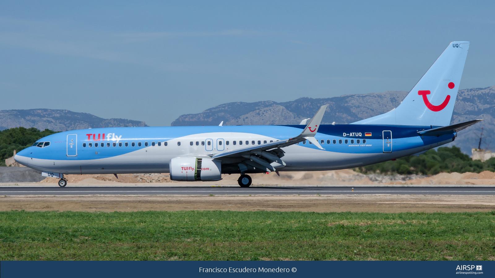 Tui Fly  Boeing 737-800  D-ATUQ