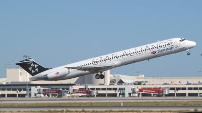 Spanair MD-83