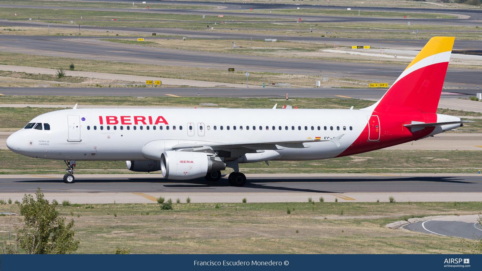 Iberia  Airbus A320  EC-ILS