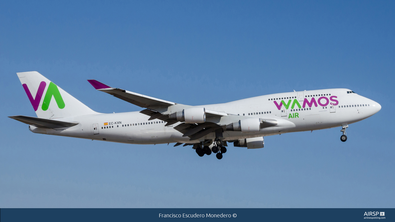 Wamos Air  Boeing 747-400  EC-KXN