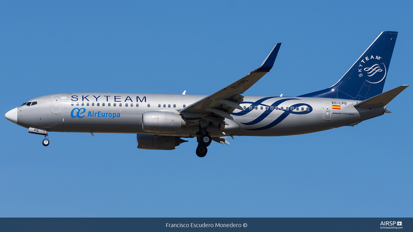 Air Europa  Boeing 737-800  EC-LPQ
