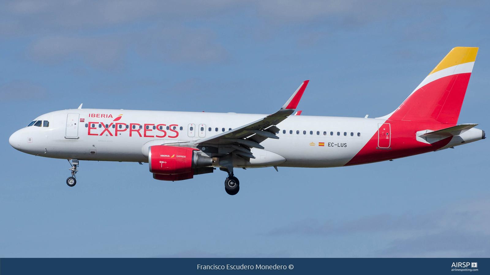 Iberia ExpressAirbus A320EC-LUS