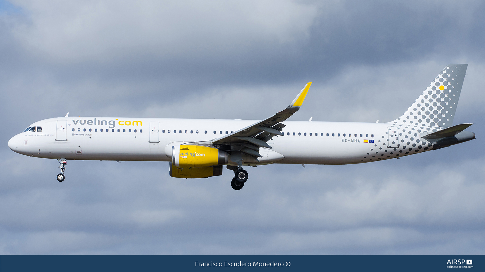 VuelingAirbus A321EC-MHA