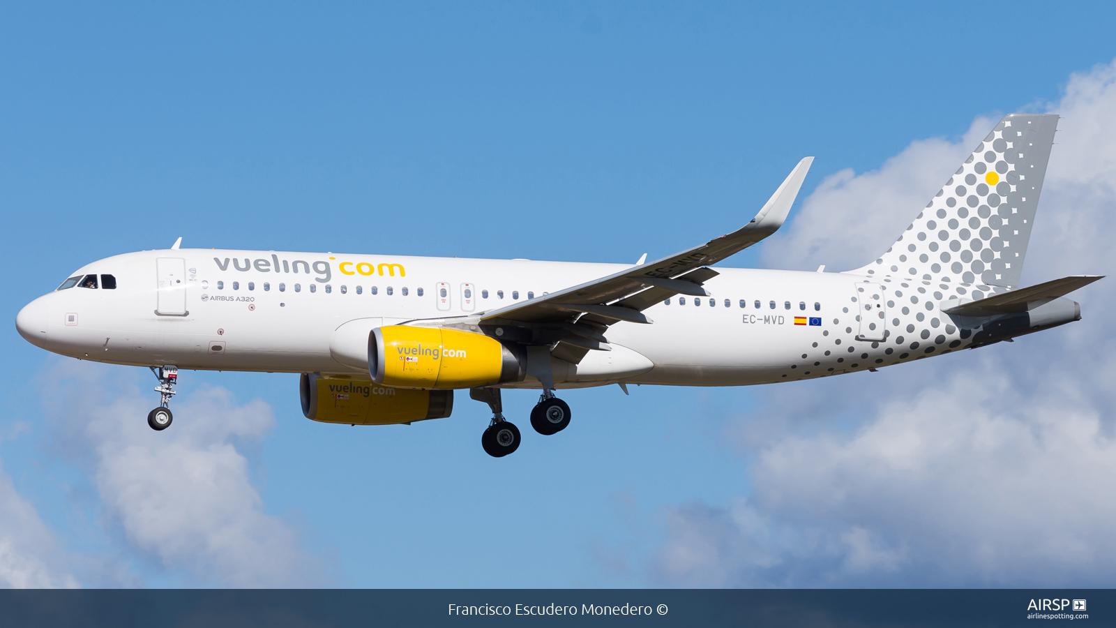 Vueling  Airbus A320  EC-MVD