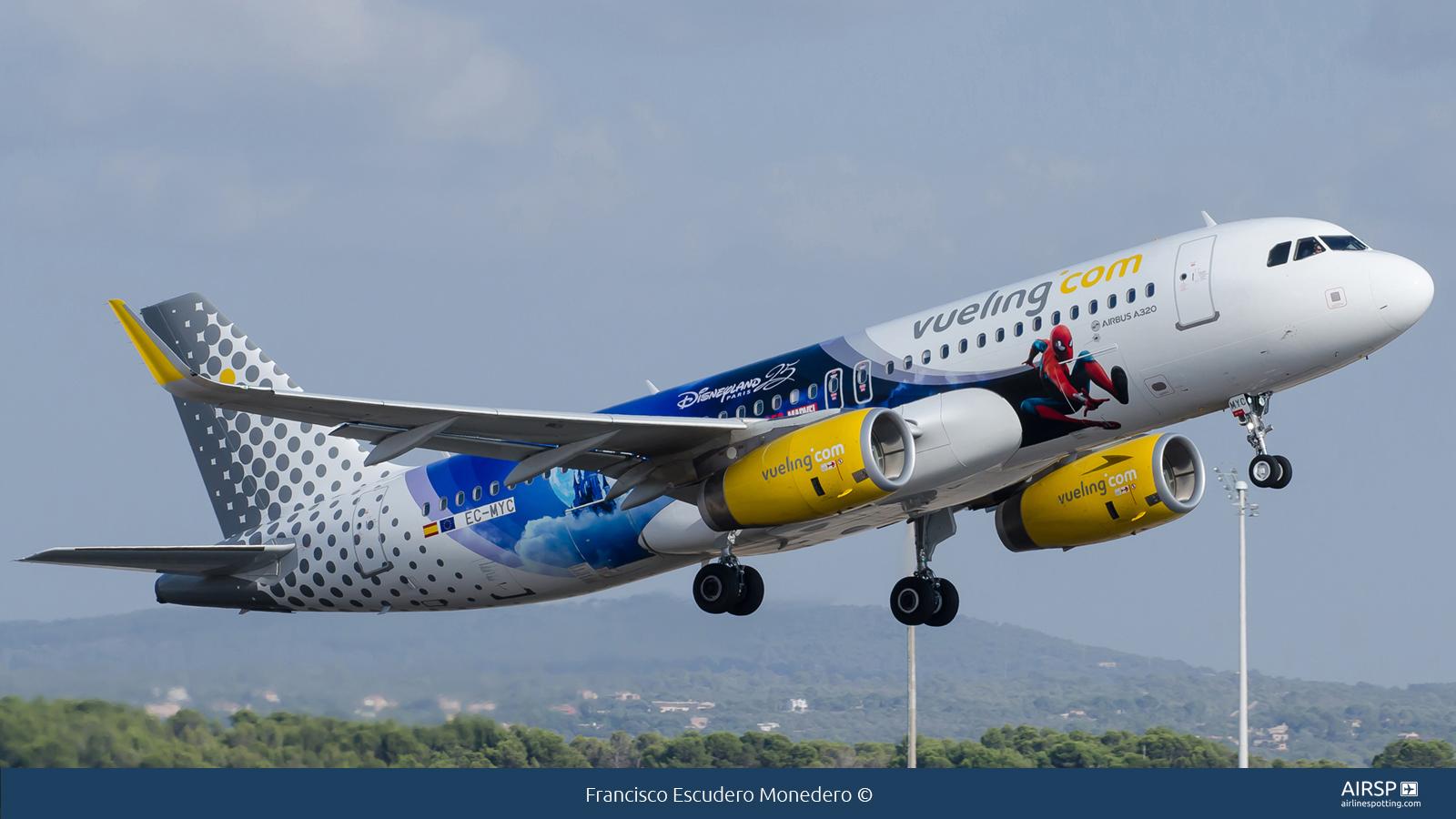 Vueling  Airbus A320  EC-MYC