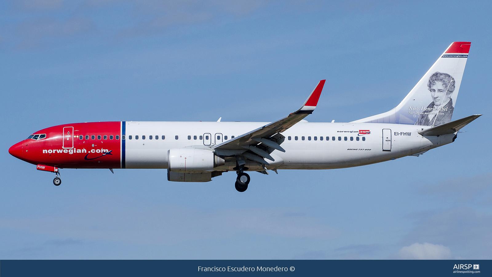 Norwegian  Boeing 737-800  EI-FHW