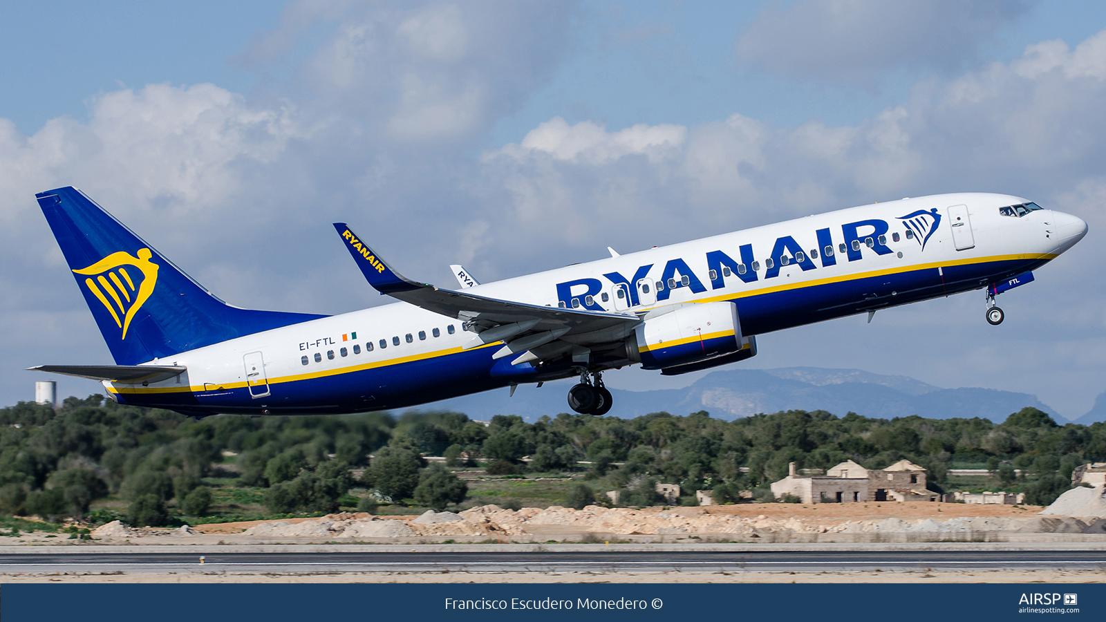 Ryanair  Boeing 737-800  EI-FTL