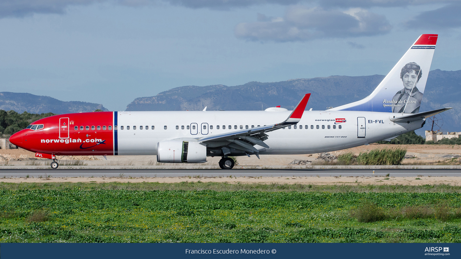 Norwegian  Boeing 737-800  EI-FVL