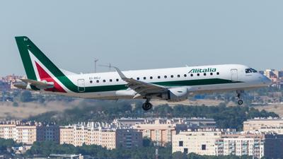 Alitalia Cityliner Embraer E175