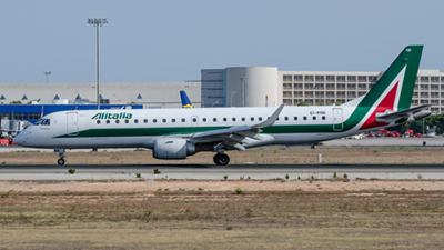 Alitalia Cityliner Embraer ERJ-190