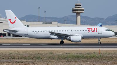 Tui Airways Airbus A320