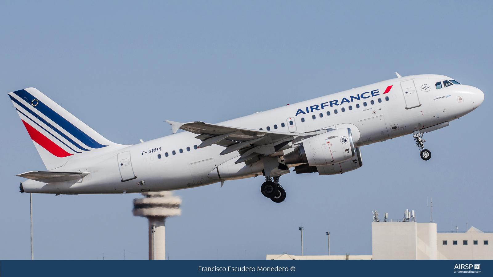 Air France  Airbus A319  F-GRHY