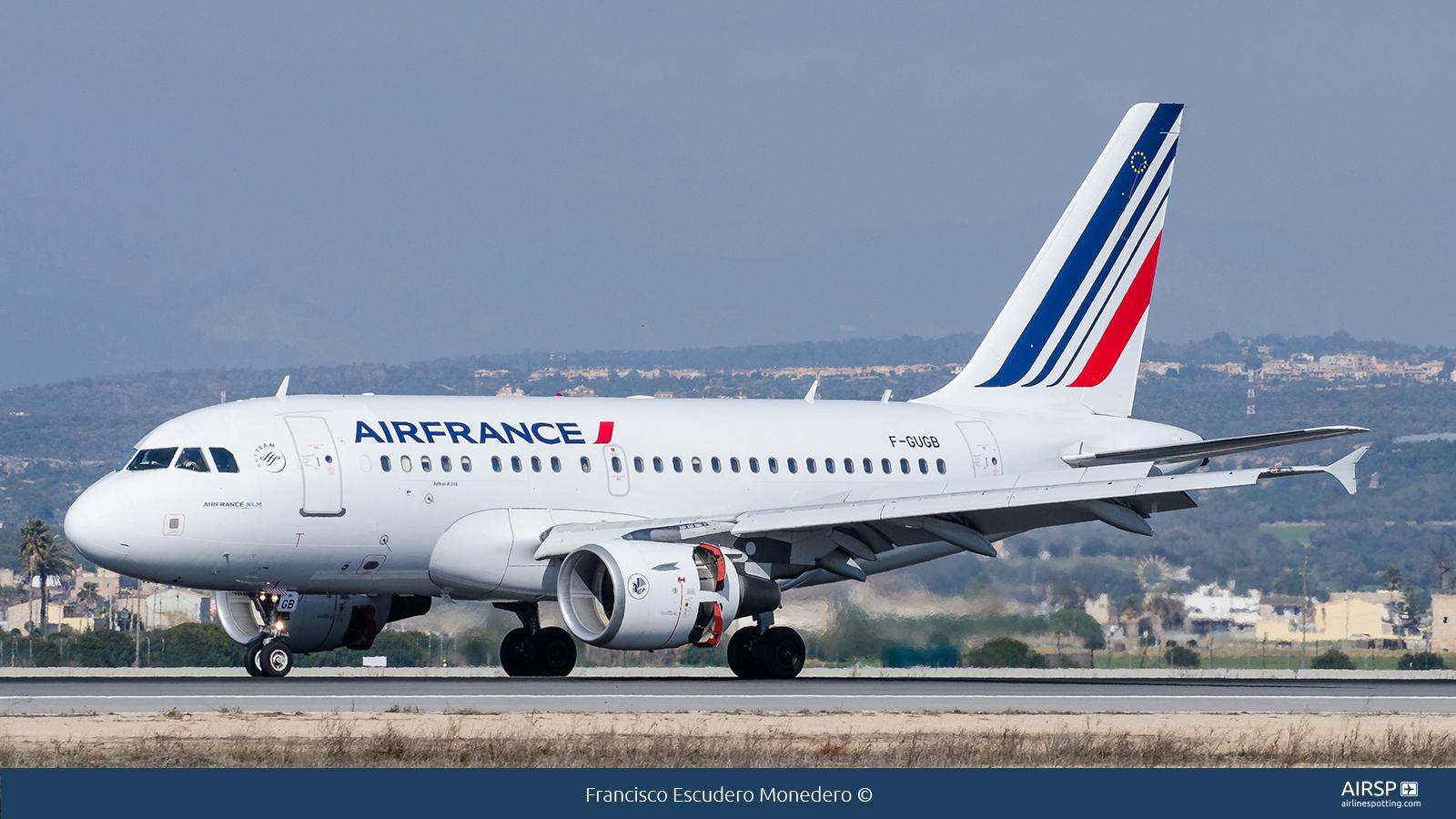Air FranceAirbus A318F-GUGB