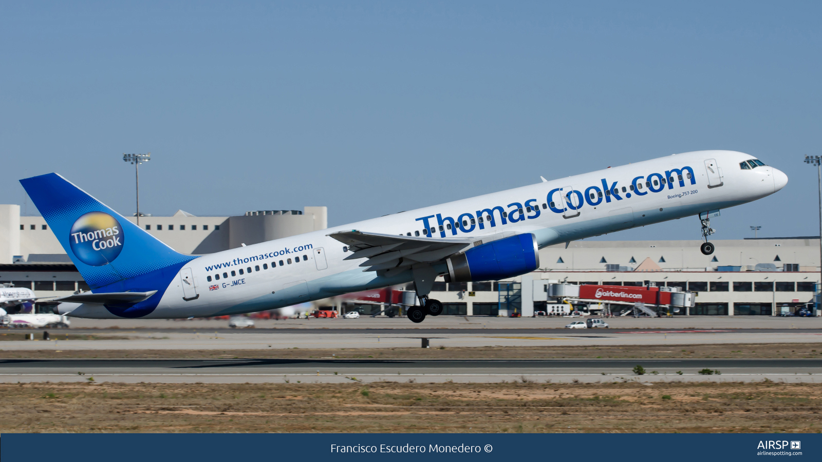 Thomas Cook Airlines  Boeing 757-200  G-JMCE