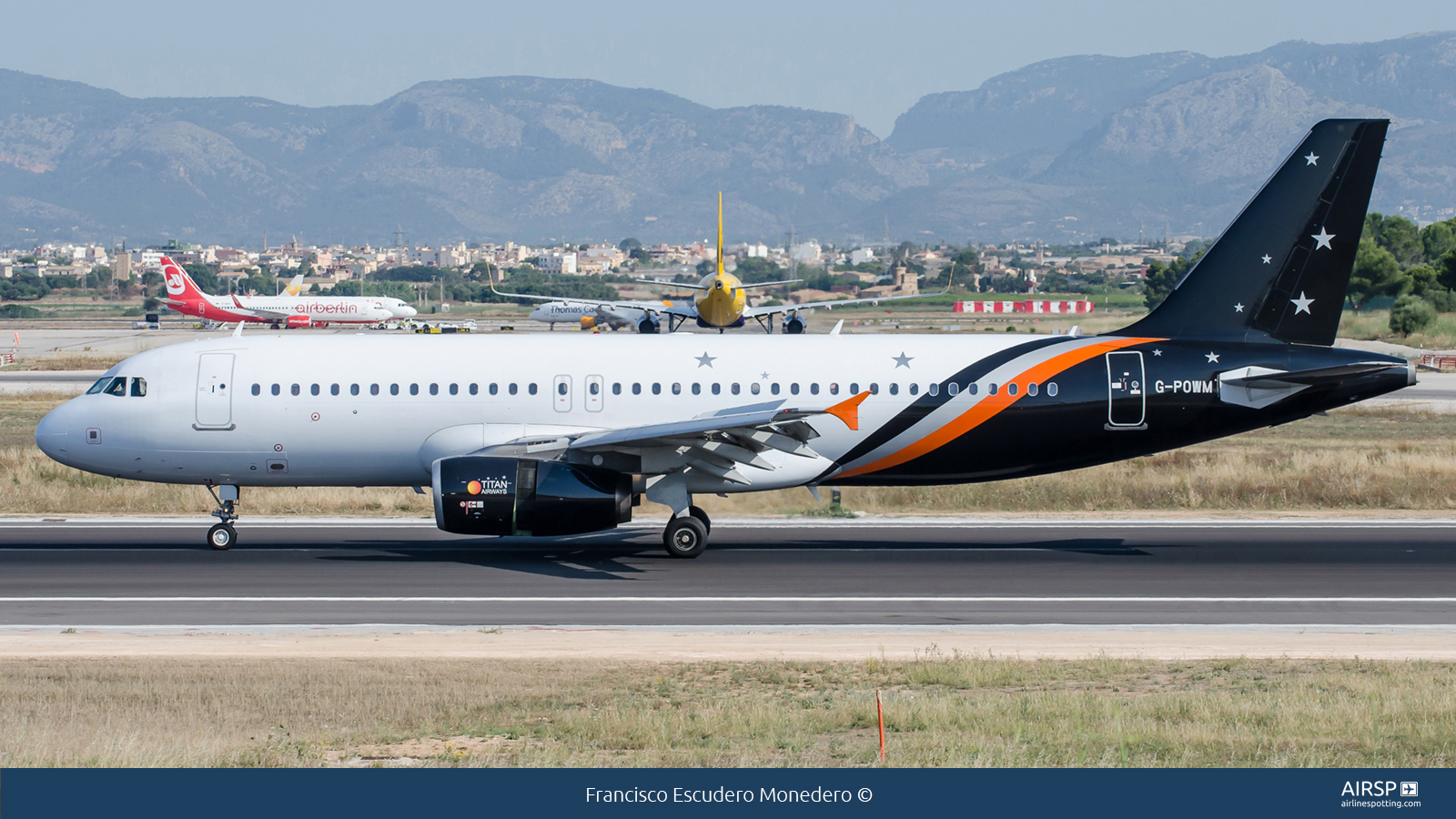 Titan Airways  Airbus A320  G-POWM