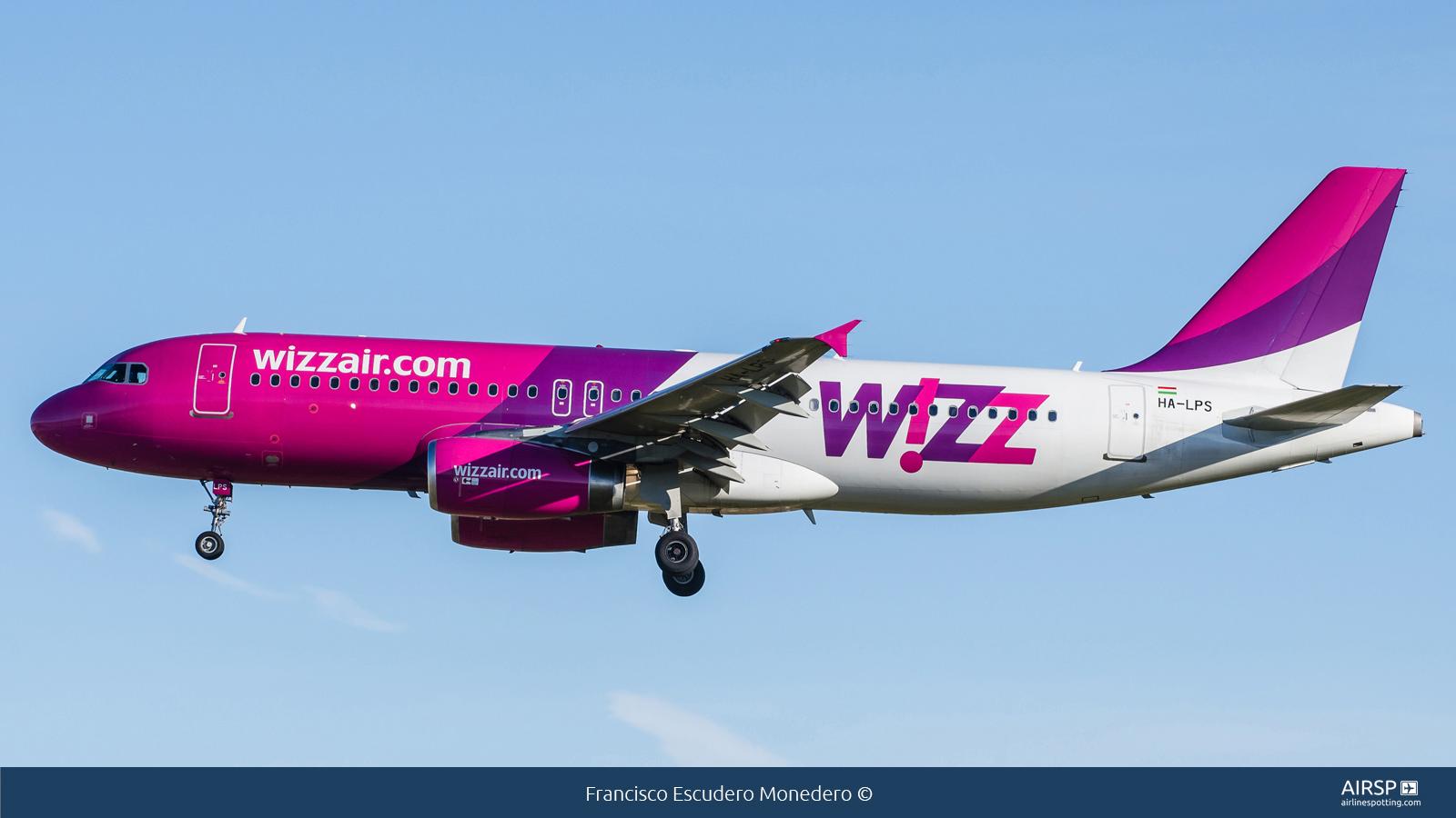 Wizz Air  Airbus A320  HA-LPS