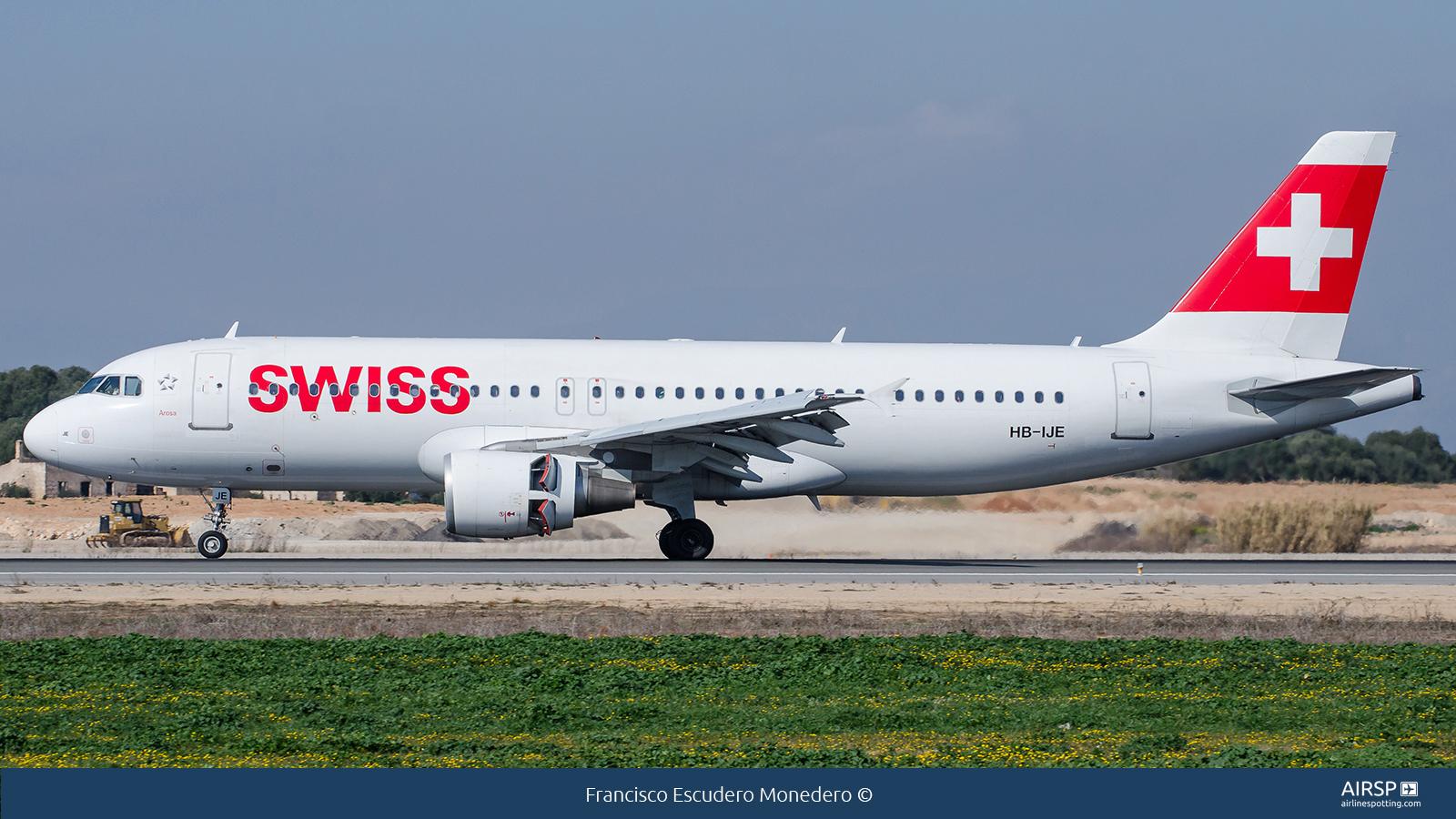 Swiss  Airbus A320  HB-IJE