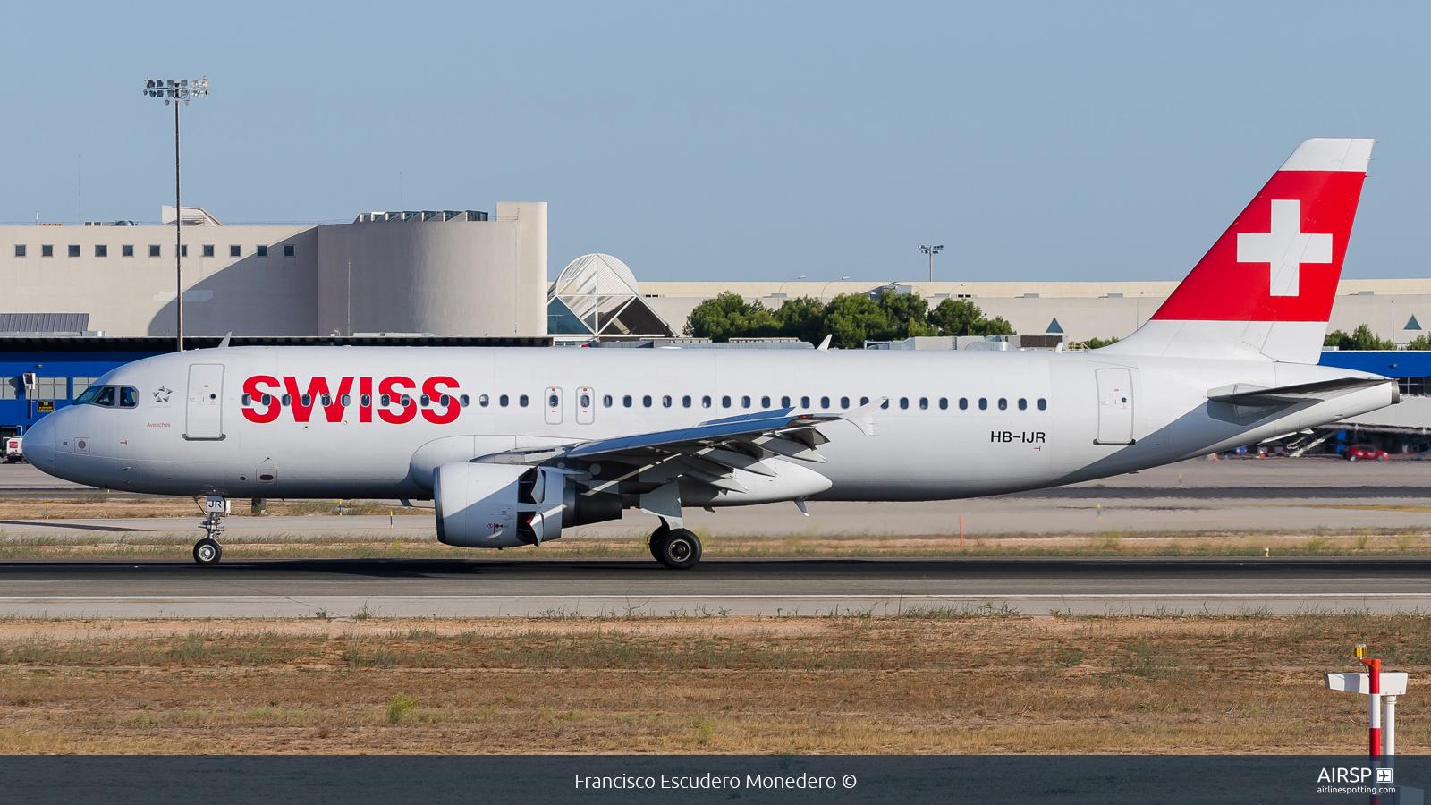 Swiss  Airbus A320  HB-IJR