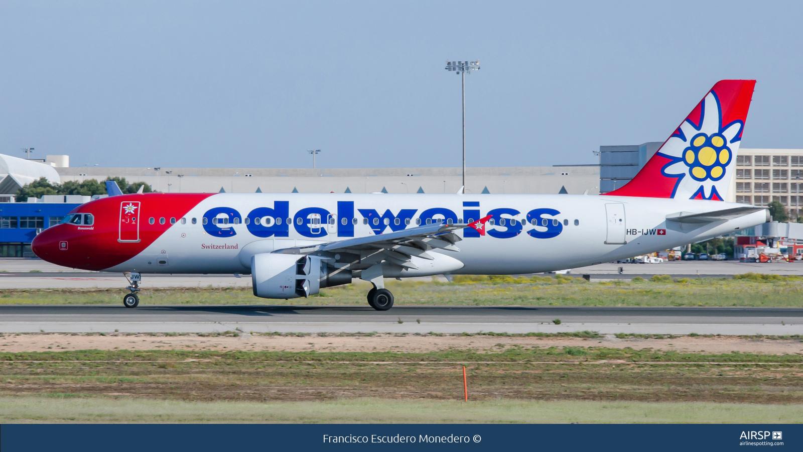 Edelweiss Air  Airbus A320  HB-IJW