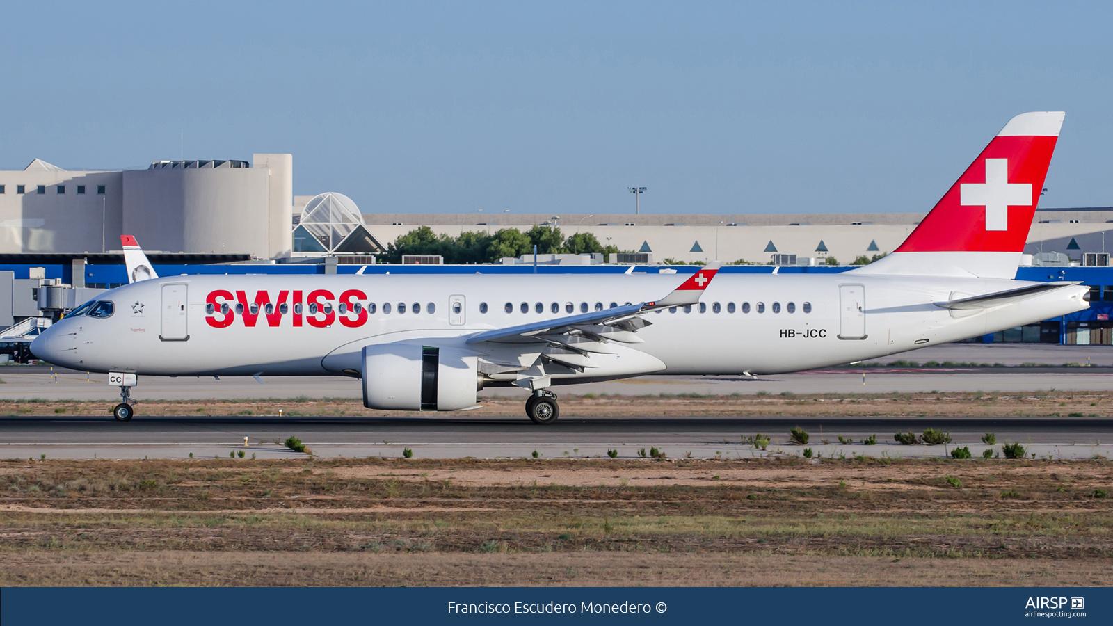 SwissAirbus A220-300HB-JCC