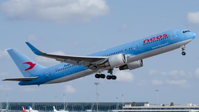 Neos Boeing 767-300