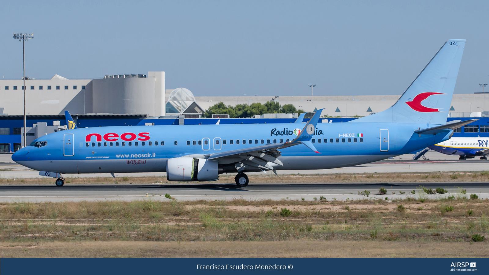 Neos  Boeing 737-800  I-NEOZ