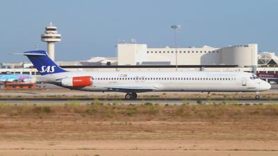 SAS Scandinavian Airlines MD-82