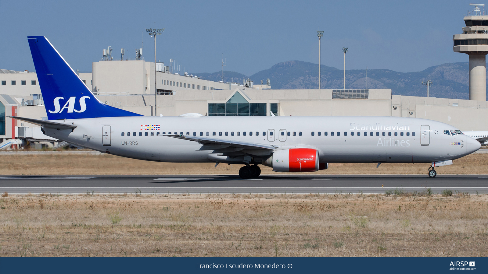 SAS Scandinavian Airlines  Boeing 737-800  LN-RRS