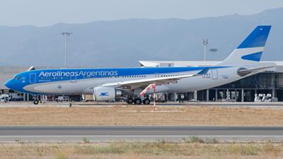 Aerolineas Argentinas Airbus A330-200