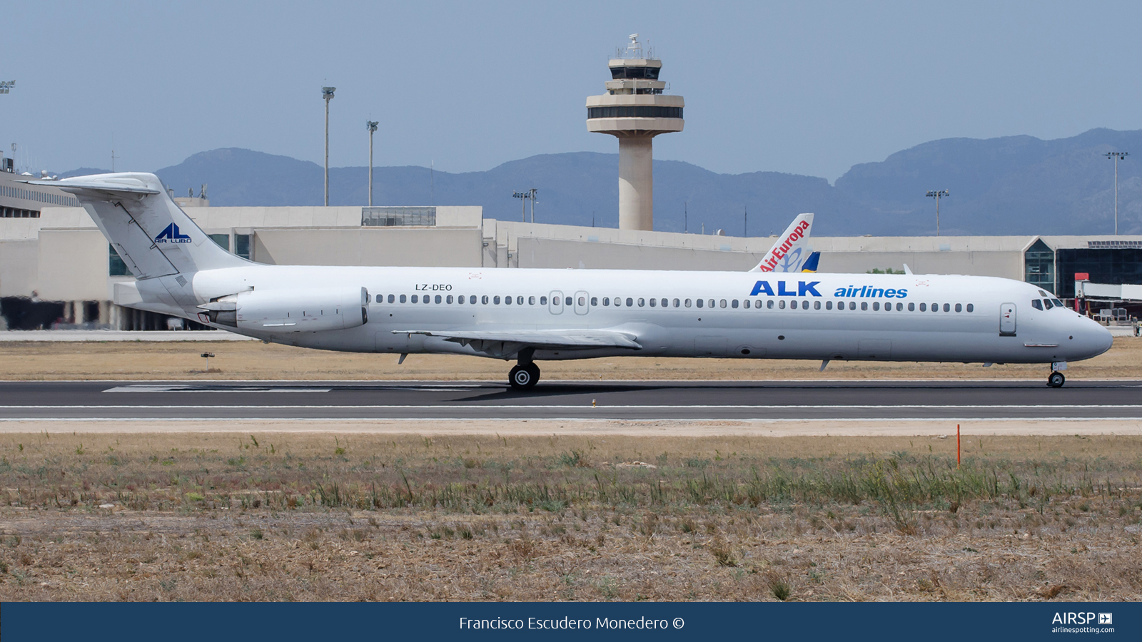 ALK Airlines  MD-82  LZ-DEO