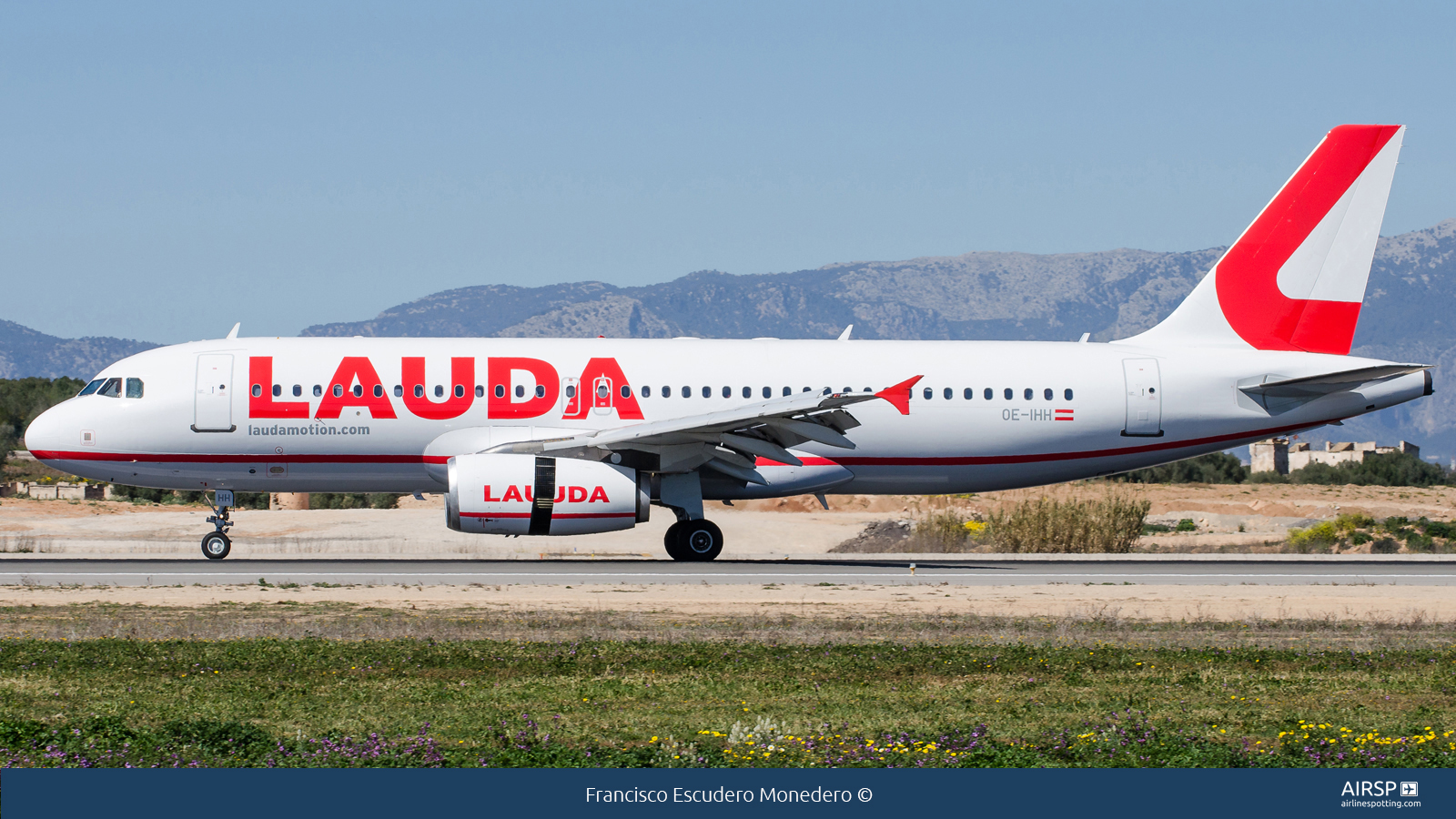 Laudamotion  Airbus A320  OE-IHH