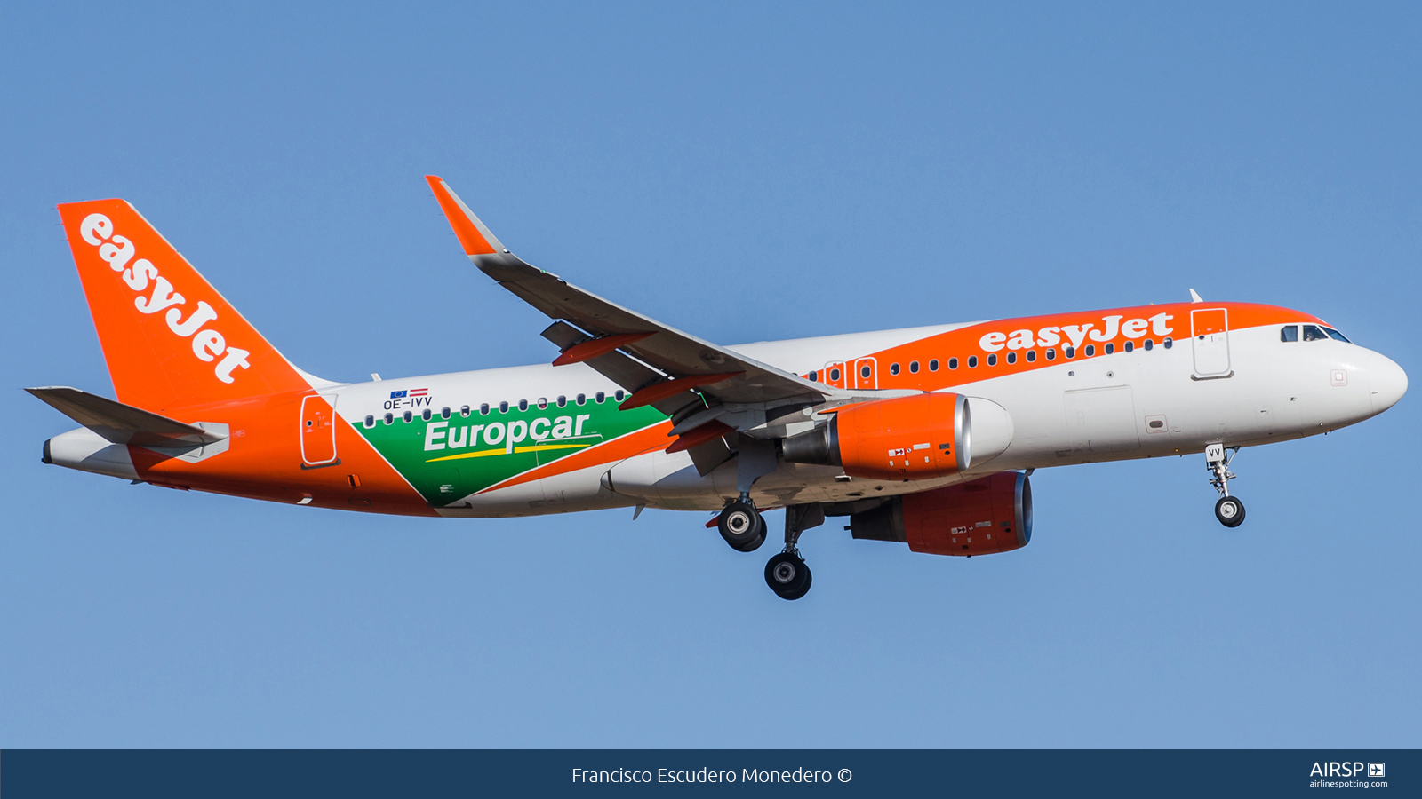 Easyjet  Airbus A320  OE-IVV