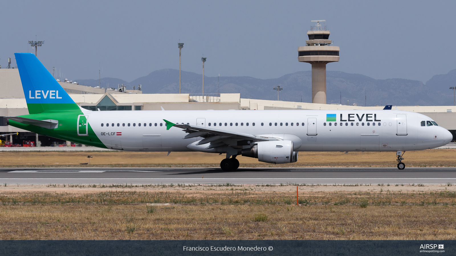 Level  Airbus A321  OE-LCF