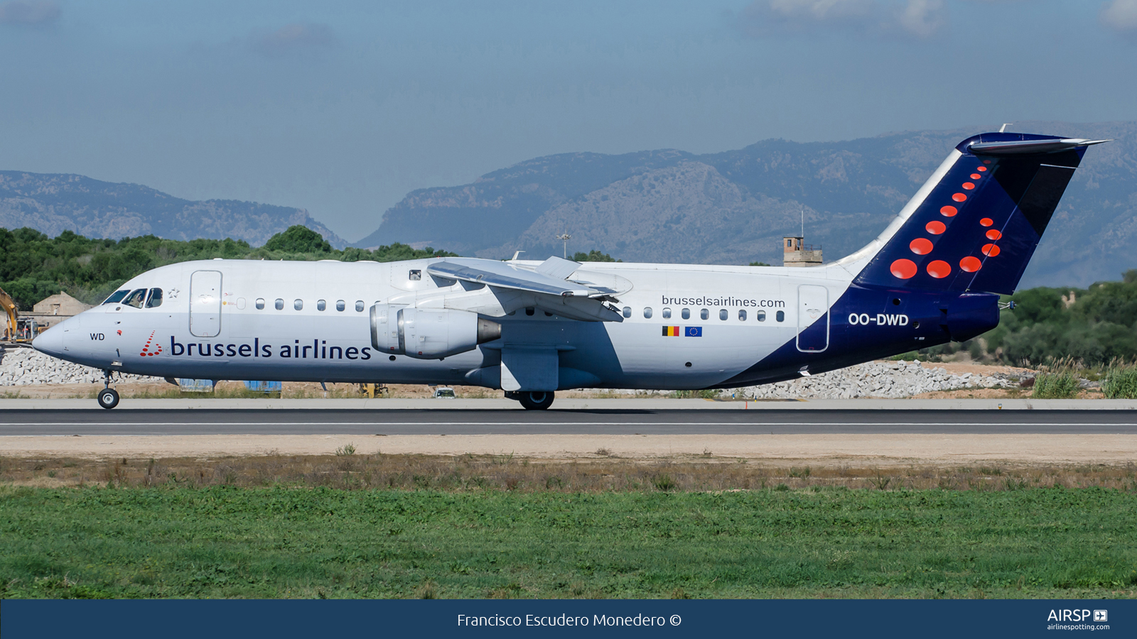 Brussels Airlines  Avro RJ-100  OO-DWD